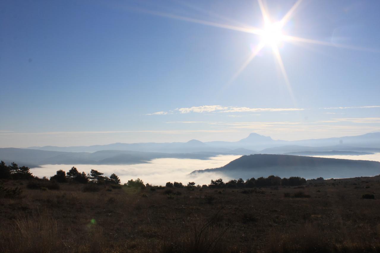 Vue depuis le pic de Brau un matin d'hiver