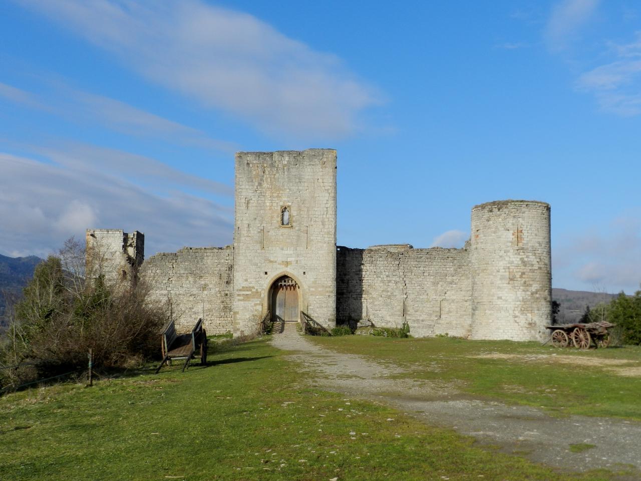 Château de Puivert (à 31km)