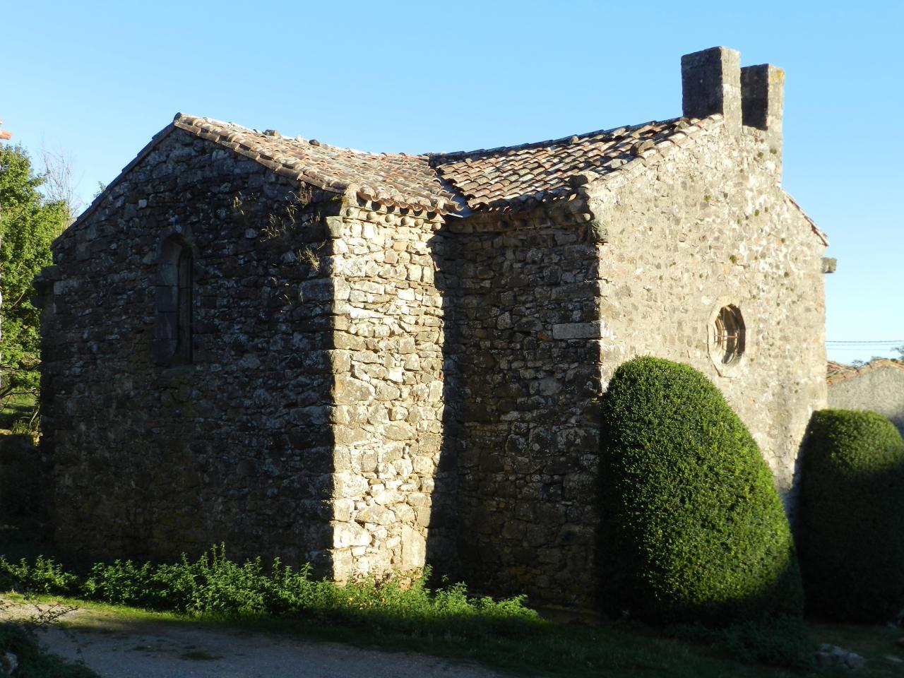 Saint Salvayre du Rasés et sa pierre druidique (à 19km)